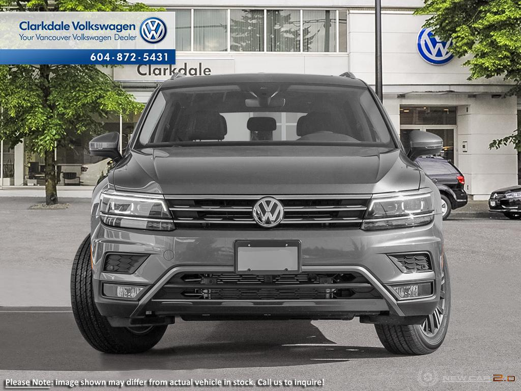 New 2019 Volkswagen Tiguan Highline 2.0T 8sp at w/Tip 4M
