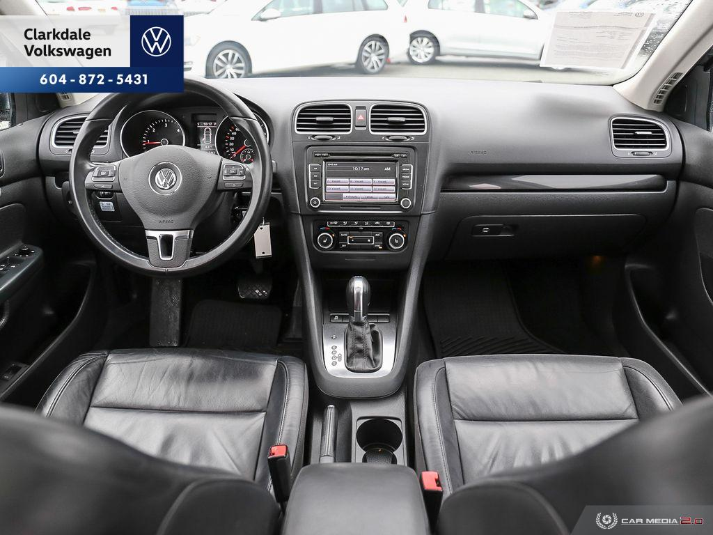 Certified Pre-Owned 2014 Volkswagen Golf Wagon 2.0 TDI Highline DSG at w/ Tip