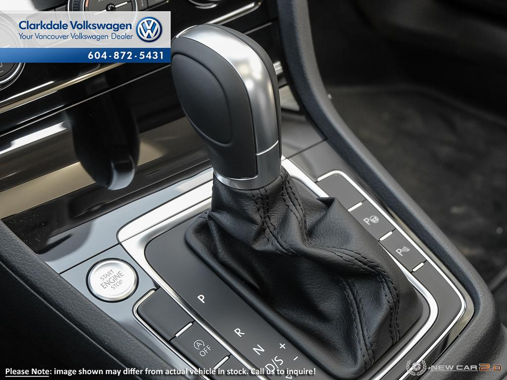New 2019 Volkswagen Golf 5-Dr 1.4T Execline 8sp at w/Tip