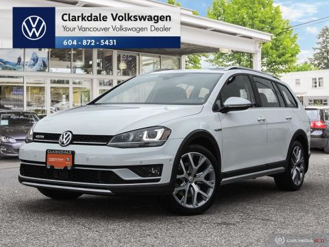 Certified Pre-Owned 2017 Volkswagen Golf Alltrack 1.8T DSG 6sp at w/Tip 4MOTION