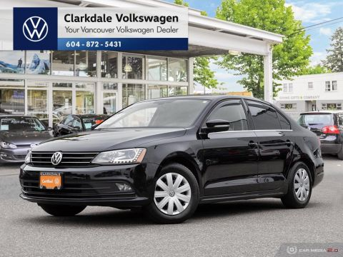 Certified Pre-Owned 2016 Volkswagen Jetta Highline 1.8T 6sp at w/Tip