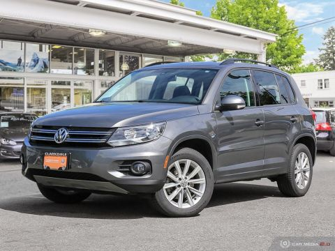 Certified Pre-Owned 2016 Volkswagen Tiguan Comfortline 2.0T 6sp at w/Tip 4M